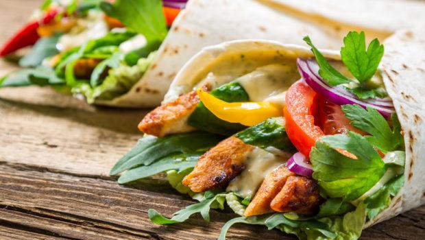 eat-clean-chicken-wrap_0 1